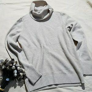 {Banana Republic} filpucci wool sweater